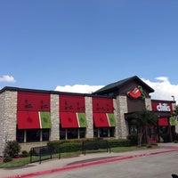Foto tomada en Chili's Grill & Bar por Faith H. el 9/28/2014