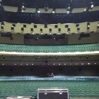 Foto tirada no(a) Yavapai College Performance Hall por Russell T. em 3/27/2013