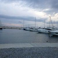 1/6/2013 tarihinde Fırat &.ziyaretçi tarafından West İstanbul Marina'de çekilen fotoğraf