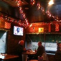 Das Foto wurde bei Village Tavern & Grill von Duane Z. am 11/27/2012 aufgenommen