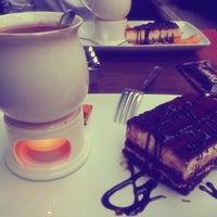7/5/2013 tarihinde Sibel Y.ziyaretçi tarafından Olympos Cafe & Bar'de çekilen fotoğraf