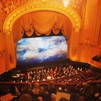 Foto scattata a War Memorial Opera House da Natalie H. il 5/9/2013