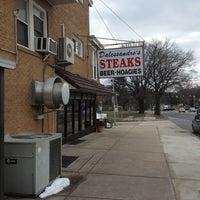 Das Foto wurde bei Dalessandro's Steaks and Hoagies von Carmen C. am 2/6/2013 aufgenommen