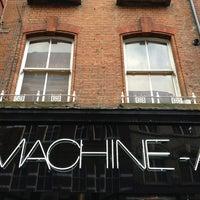 Photo prise au MACHINE-A par Christos S. le2/15/2013