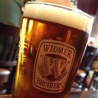 5/18/2013 tarihinde Bill A.ziyaretçi tarafından Widmer Brothers Brewing Company'de çekilen fotoğraf