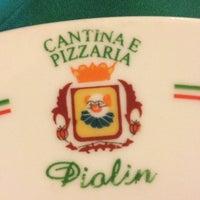 Foto diambil di Piolin Cantina e Pizzaria oleh Mariana R. pada 10/14/2012