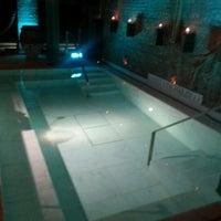 2/6/2013 tarihinde Tamara W.ziyaretçi tarafından Aire Ancient Baths'de çekilen fotoğraf