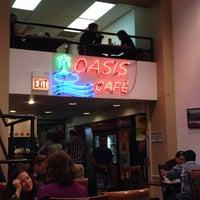 Das Foto wurde bei Oasis Cafe von Michael B. am 7/9/2014 aufgenommen