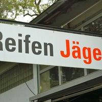 Das Foto wurde bei Reifen Jäger GmbH von Reifen Jäger GmbH am 7/10/2013 aufgenommen