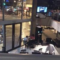 Foto tomada en Army Café por Santiago A. el 2/10/2013