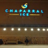 Foto tomada en Chaparral Ice por Manzoorul H. el 12/30/2012