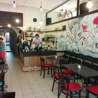 Foto diambil di Café Na kole oleh Jan F. pada 9/28/2014