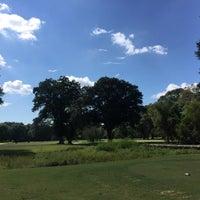Photo prise au Bobby Jones Golf Course par Stacey O. le9/19/2016