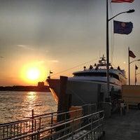 9/25/2012에 Clayton C.님이 World Yacht에서 찍은 사진