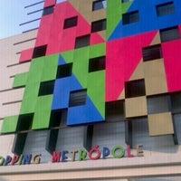 รูปภาพถ่ายที่ Shopping Metrópole โดย LS L. เมื่อ 5/26/2013