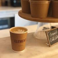 Das Foto wurde bei Element Specialty Coffee von Jee am 11/9/2018 aufgenommen