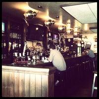 Foto tomada en K. C. Branaghan's Irish Pub por Brea P. el 11/2/2012