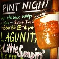 Foto tomada en K. C. Branaghan's Irish Pub por Brea P. el 11/7/2012