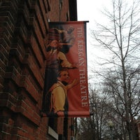 Foto tirada no(a) Keegan Theatre por Dennis C. em 4/4/2013