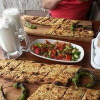 5/21/2014 tarihinde Kadir İ.ziyaretçi tarafından Guşgana Kebap & Fırın'de çekilen fotoğraf