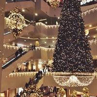 Foto diambil di Galeria Shopping Mall oleh Kristina M. pada 11/21/2013
