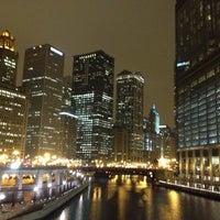 12/19/2012 tarihinde Rodrigo A.ziyaretçi tarafından Chicago Riverwalk'de çekilen fotoğraf