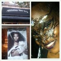 11/3/2012 tarihinde Deborah H.ziyaretçi tarafından Admirations Hair It Iz'de çekilen fotoğraf