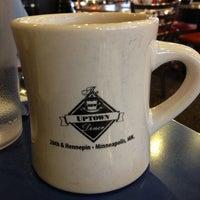 12/1/2012 tarihinde Bandana G.ziyaretçi tarafından Uptown Diner'de çekilen fotoğraf