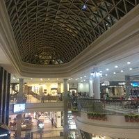 Das Foto wurde bei Shopping Del Paseo von Luis A. am 2/9/2013 aufgenommen