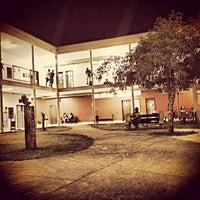 Das Foto wurde bei PUC Minas von Renan R. am 10/22/2013 aufgenommen