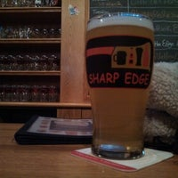 3/23/2013에 Sveen Þorskur 바이트 aus Schwelm님이 Sharp Edge Beer Emporium에서 찍은 사진