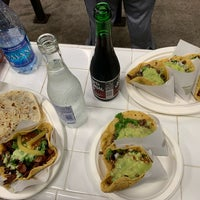 รูปภาพถ่ายที่ Los Tacos No. 1 โดย Mihailo M. เมื่อ 10/23/2018
