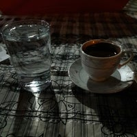Снимок сделан в Vera Cafe пользователем Mehmet A. 8/14/2017