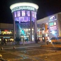 Foto tomada en Forum Kayseri por Halil E. el 3/12/2013