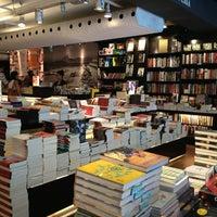 Foto scattata a Livraria da Travessa da Mariana F. il 12/28/2012