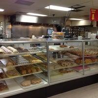 5/3/2013에 David F.님이 La Mexicana Bakery에서 찍은 사진