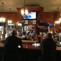 Foto tirada no(a) Darcy's Pub por Eddie C. em 9/8/2013