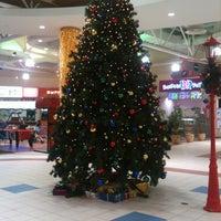 Снимок сделан в Atrium's Молл Гэллери Братеево пользователем Рома К. 12/6/2012