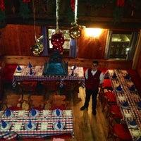 12/20/2012にYELIZがRestaurant Hauserで撮った写真