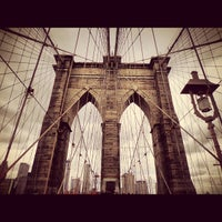 Foto scattata a Ponte di Brooklyn da Angel M. il 5/24/2013