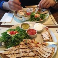 2/19/2013 tarihinde Hilal B.ziyaretçi tarafından Cafe La Vie'de çekilen fotoğraf