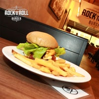 10/16/2014에 Rock 'n' Roll Burger님이 Rock 'n' Roll Burger에서 찍은 사진