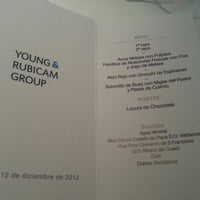 รูปภาพถ่ายที่ M29 Restaurante Hotel Miguel Angel โดย Tabata B. เมื่อ 12/12/2012