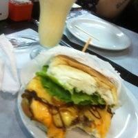Снимок сделан в Brasil Burger пользователем Natalia C. 3/5/2013