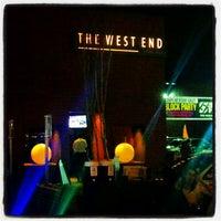 Foto tirada no(a) The West End Gastro Pub por NEIM em 11/9/2012