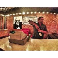 Foto scattata a Bootleg Bar & Theater da Bootleg Bar & Theater il 2/26/2014