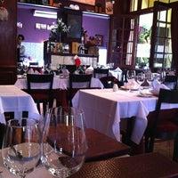 Foto diambil di Cabernet Restaurant oleh Fernanda B. pada 11/19/2012