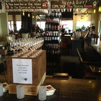 รูปภาพถ่ายที่ The Tasting Room โดย Brane P. เมื่อ 10/20/2012