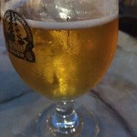 Foto tirada no(a) Downtown Joe's Brewery & Restaurant por Adam L. em 3/13/2015