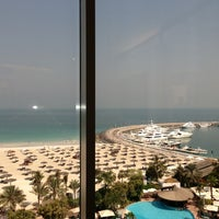 6/27/2013 tarihinde 👼👼👼ziyaretçi tarafından Jumeirah Beach Hotel'de çekilen fotoğraf